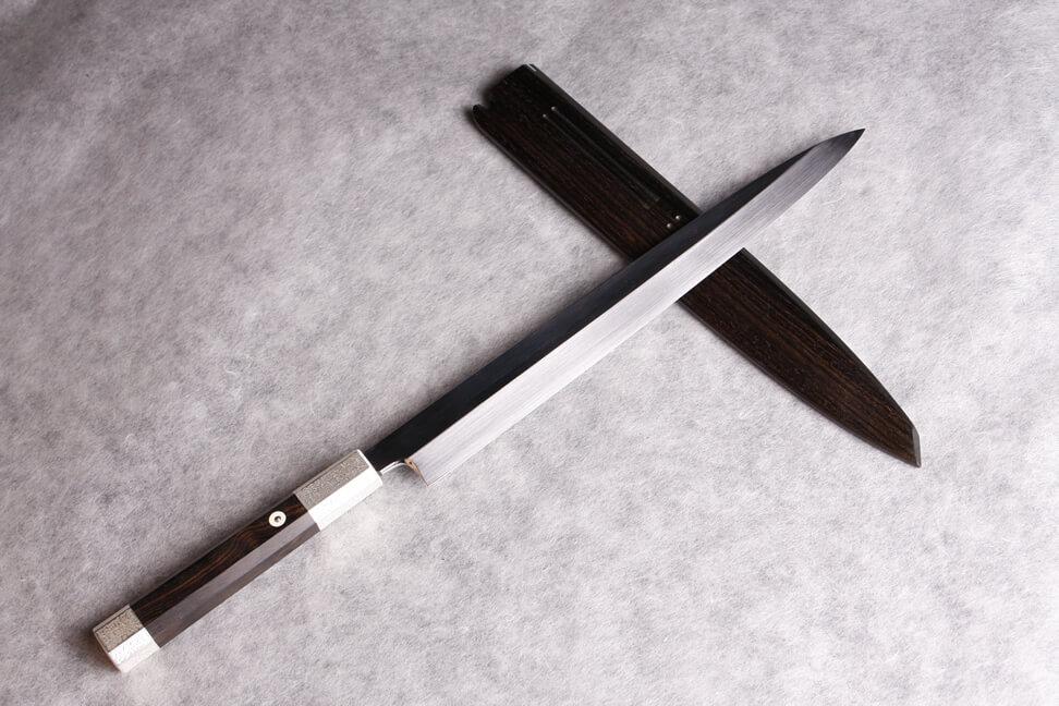 白一鋼 水本焼 表裏鏡面 総銀 黒檀柄 黒檀サヤ 銀プレート 正夫 柳刃 象牙目釘