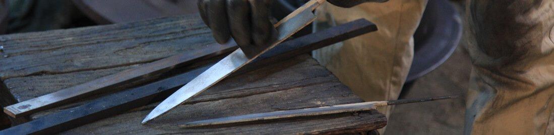 鍛冶 表面磨き