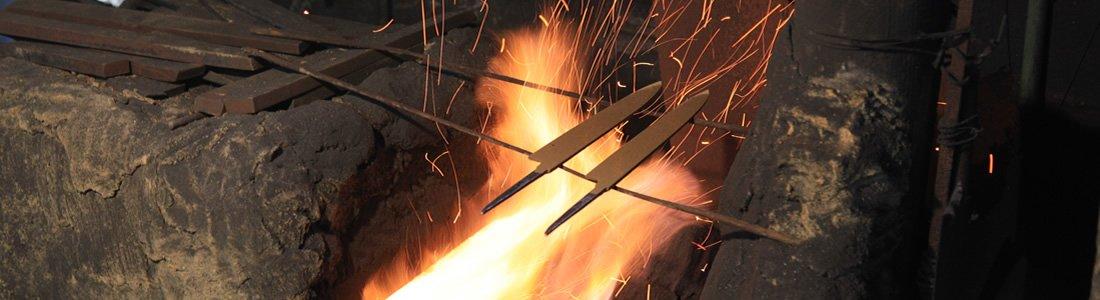 鍛冶 焼き入れ 焼き戻し ハイライト